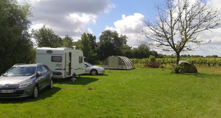 Aire camping-car à Chavagnes (49380) - Photo 1